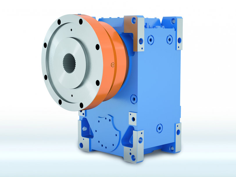 Extruder Flange Options Extend Versatility of MAXXDRIVE® Industrial Gear Units